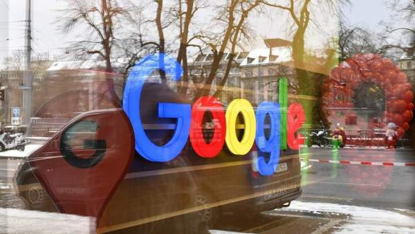 google logo reflex